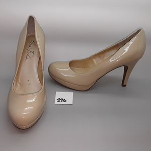 "Marc Fisher ""Sydney2"" Nude Patent Pump Size 7"